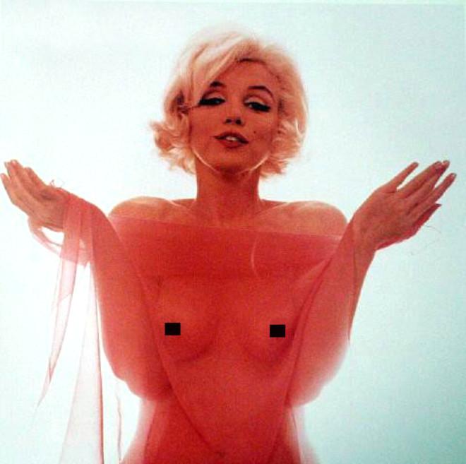 Monroe'nun Mahkemelik Pozları