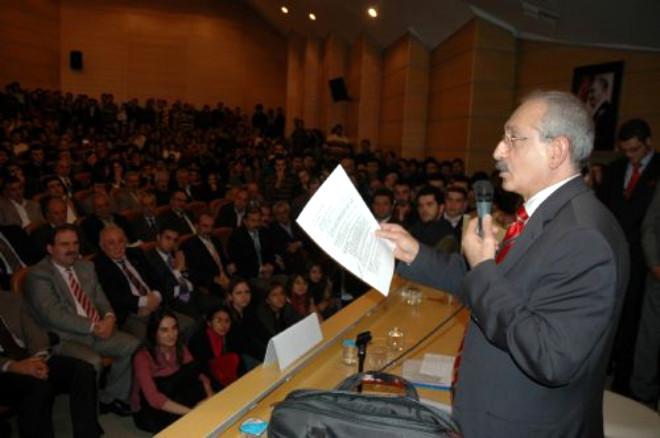 Kılıçdaroğlu'na Sorulan Soru Üniversiteyi Karıştırdı