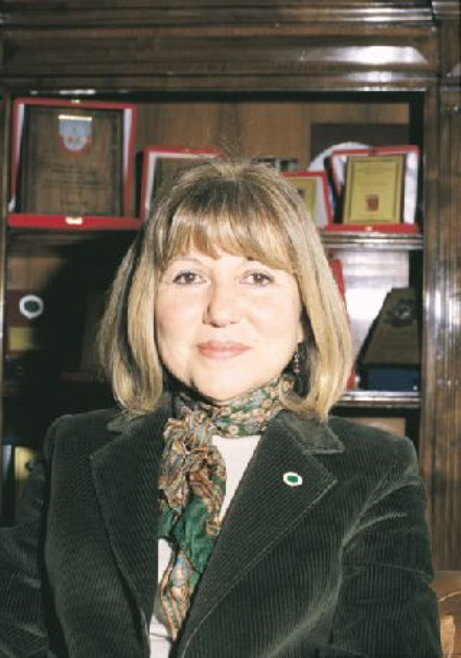 Encümen-i Daniş'in tek kadın üyesi
