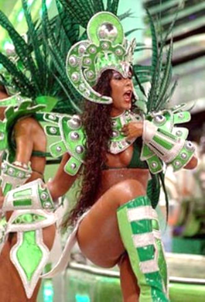 Rio'da nefes kesen karnaval