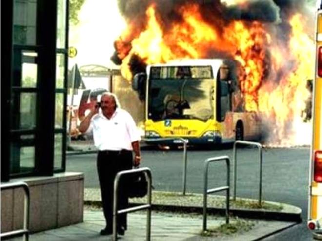 Alo Otobüsüm Yanıyor