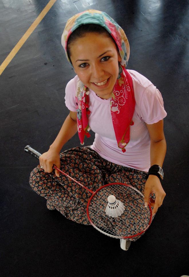 Tarladan Badminton Kortuna