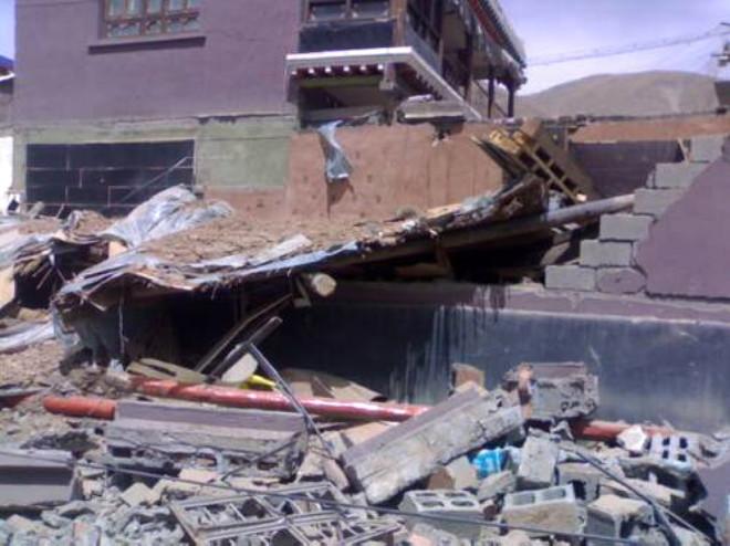 Çin'de Korkunç Deprem