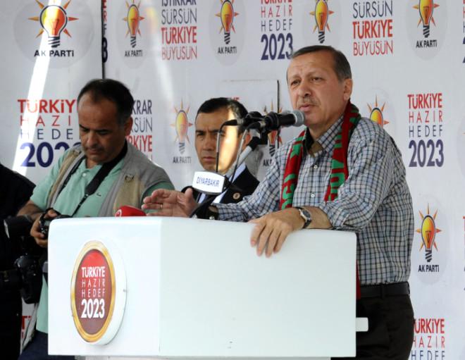Başbakan Erdoğan Diyarbakır'da
