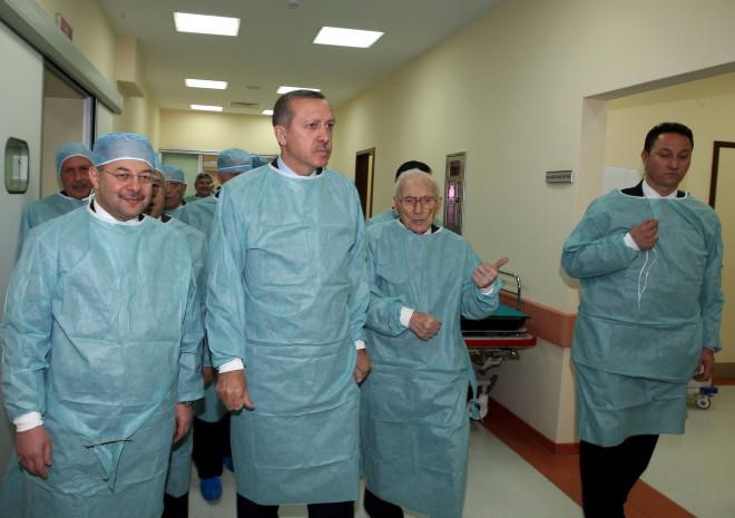 Başbakan Erdoğan Hastanede