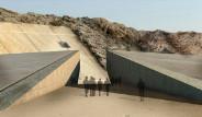 Galeri: Çölde Yeraltına Saklanan Stat
