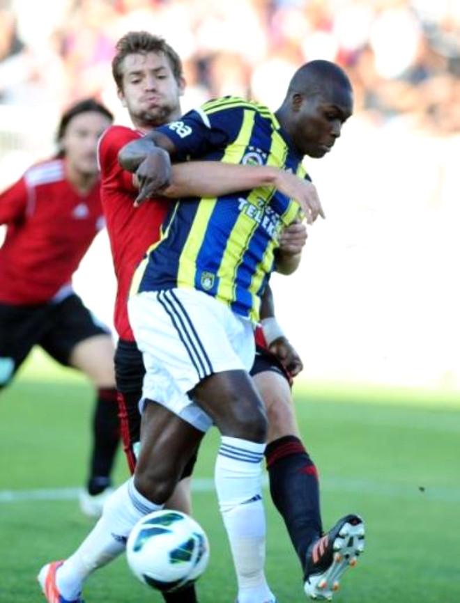 Fenerbahçe'ye Bir Darbe de Sivas'tan