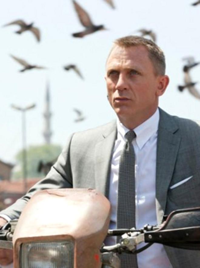 James Bond Skyfall'dan Kareler