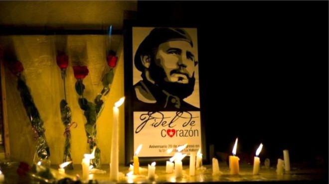Fotoğraflarla: Kübalılar, Fidel Castro İçin Yas Tutuyor