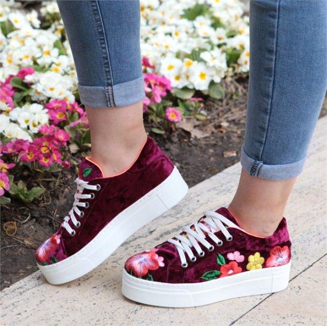 2019 Baharında  Ayaklarınızı Renklendirecek 10 Ayakkabı Modeli
