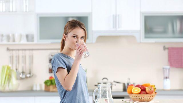 Haber: Günde 3 Litreden Fazla Su İçilirse Ne Olur?
