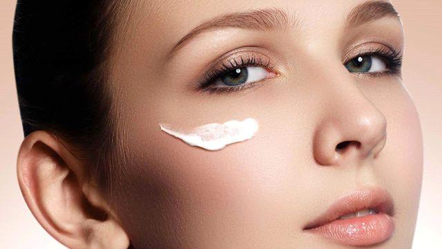 Haber: Sabah şişen gözler için doğal yöntem