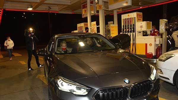 Serdar Ortaç: Benzin parasını sevgilim ödedi